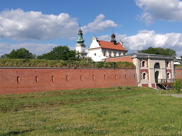 zamosc city wall